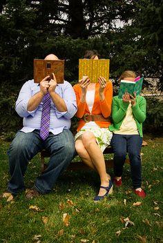 Book lovin' family.  Cool idea. #family #photography #books