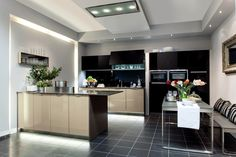 Sleek kitchen design. Credit: Niemann Mobelteile.
