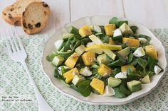 Avocado and mango. Vegetarian Recepies, Healthy Recipes, Kinds Of Salad, Sweet And Salty, Feta, Potato Salad, Healthy Eating, Healthy Food, Yummy Food
