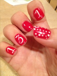 Half Marathon Minnie Mouse nails - great idea for race day..will do this in my colors