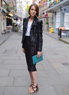 How To Pair Leather Jacket With Skirt Fashionably, Copy This Style 27