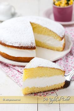 Paradise cake stuffed with milk cream recipe No Dairy Recipes, Milk Recipes, Cream Recipes, Sweet Recipes, Real Food Recipes, Cake Recipes, Dessert Recipes, Italian Desserts, Sweet Desserts