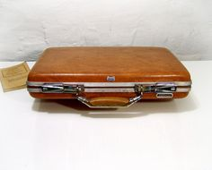 Vintage American Tourister Briefcase hard shell by TheWhitePelican