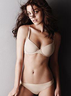 TWIN-SET Simona Barbieri, 2015/16 winter lingerie basic collection: underwired bra and Brazilian briefs