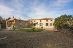 Charenteimmofr: Magnifique Manoir avec des anciennes douves et un lac proche Montendre et à 45 min du centre de Bordeaux 729 750 HAI #charentehttp://https://t.co/uf3kVaZ6Iz