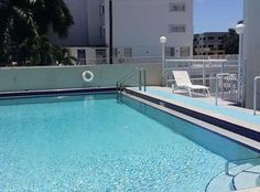 1345 Lincoln Rd. Apt. 604, Miami Beach, FL 33139 - Pool #funinthesun #pool #loungeoutside
