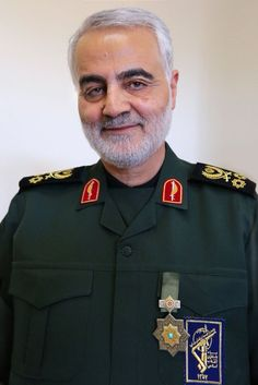 IRAN: Major General Qasem Soleimani B: is an Iranian Major General in the Islamic Revolutionary Guard Corps (IRGC) and since 1998 commander of its Quds Force, a division primarily responsible for extraterritorial military & clandestine operations. Iraqi Military, Iraqi Army, Islamic Images, Islamic Pictures, Quds Force, Qasem Soleimani, Syrian Civil War, Love In Islam, Shia Islam