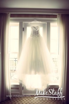 love the idea of hanging dress and taking picture of it.