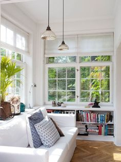 Looking for sunroom office ideas and inspiration? {} Whether you own a house thing or pretend from home you might desire to adjudicate these sunroom office ideas for a productive take action environment! Sunroom Office, Small Sunroom, Small Porches, Sunroom Windows, Sunroom Blinds, Herringbone Tile Floors, Sunroom Furniture, Small Conservatory Furniture, Conservatory Ideas Sunroom