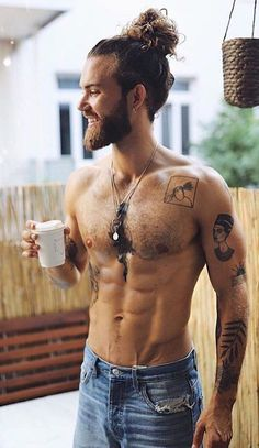 Guy style 597219600565190431 - Hairbun Styling Ideas For Guys That Will Inspire Your Next Looks Source by Hair And Beard Styles, Curly Hair Styles, Man Bun Hairstyles, Beard Tattoo, Shirtless Men, Attractive Men, Muscle Men, Bearded Men, Hot Guys