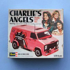 """Charlie's Angels"" Mobile Unit Van 1/25 Scale Model Kit By Revell (1977)"