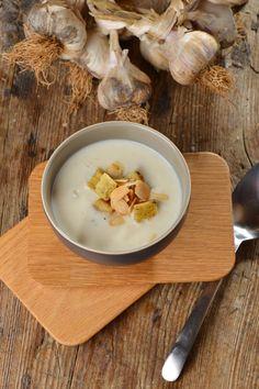 Krémová cesnaková polievka na zimné večery