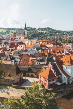 An insanely thorough list of the best things to do in Cesky Krumlov, Czech Republic. Includes recommendations on where to eat in Cesky Krumlov, where to stay and what to do! #CeskyKrumlov #CzechRepublic #Europe