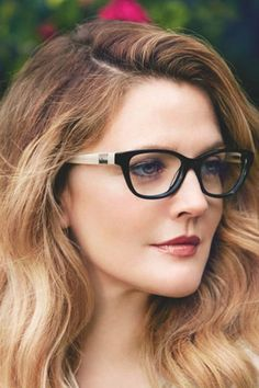 Game-Changing Makeup Tips for Ladies Who Wear Glasses #eyemakeupforglasses