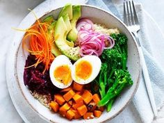 A healthy meal you can enjoy for breakfast, lunch or dinner, that crushes hunger pangs and takes a good photo too!