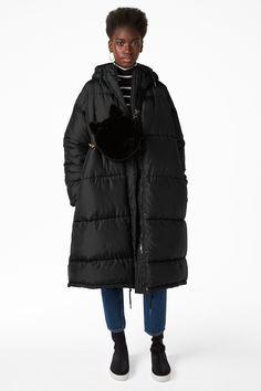 Monki Image 2 of Long puff coat in Black