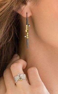 Jewelry | Jewellery | ジュエリー | Bijoux | Gioielli | Joyas | Rings | Bracelets | Necklaces | Earrings | Art | Diamond Lancia Earrings by Davide Bigazzi.