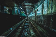 NYC photographer captures beautiful images of abandoned subway stops 42nd Street, New York Street, World's Most Beautiful, Beautiful Images, Third Rail, Building Concept, Vanishing Point, New York Photographers, World Of Darkness