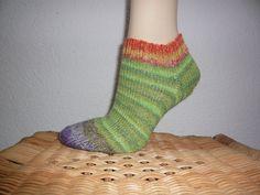 Socken - Stricksocken Sneaker Gr. 38 - ein Designerstück von Chaya bei DaWanda