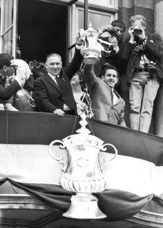 Bill Nicholson and Dave Mackay with the FA Cup | Tottenham Hotspur Football Club