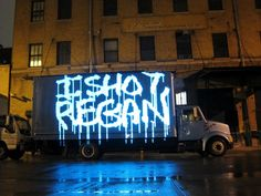 Laser graffiti :  Everyone is agreed that Michael Bosanko's light graffiti is amazing stuff, but one issue might leave traditional graffiti artists a little frustrated: with light, you can't actually draw on anything.