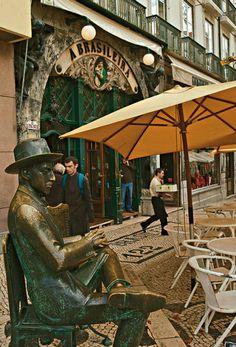 Lisbonne, dans les pas d'Helena Noguerra  http://madame.lefigaro.fr/art-de-vivre/lisbonne-dans-pas-dhelena-noguerra-080112-207659