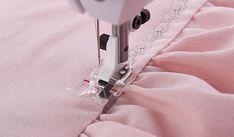 Clear B Edge Stitching Foot - HUSQVARNA VIKING®