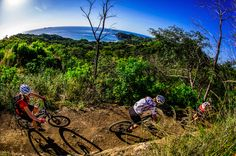 There are way more than 4 reasons you should visit Costa Rica with your mountain bike, but if I were to list all the reasons, it might turn into a…