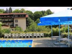 Hotel am Steinbachtal - Bad Kötzting - Visit http://germanhotelstv.com/am-steinbachtal Tranquilly situated on the outskirts of the spa resort of Bad Kötzting this 3-star hotel features an outdoor swimming pool excellent spa and cosmetic facilities and access to leisure activities. -http://youtu.be/KqkGwmyLrEs