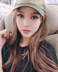 Park Hyemin as Nathalie Korean Makeup Look, Asian Makeup, Korean Beauty, Asian Beauty, Korean Make Up, Korean Girl, Asian Girl, Pony Makeup, Uzzlang Girl