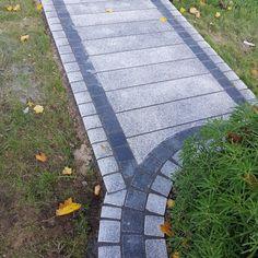 Driveway Blocks, Driveway Edging, Paver Edging, Paver Blocks, Paver Walkway, Front Door Steps, Front Path, Granite Paving, Granite Flooring