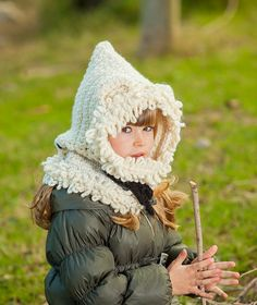 Белый медведь крючком снуд крючком снуд с капюшоном по grannypattern