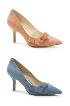 Lush suede mid heel pumps in coral & chambray with pointed toes and ladylike bows