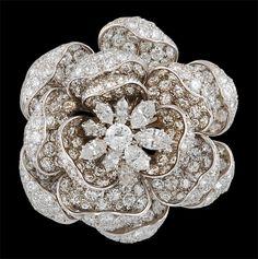 HARRY WINSTON Platinum Diamond FLower Pin