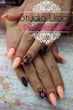 by Ewa Kobrzyńska, Follow us on Pinterest. Find more inspiration at www.indigo-nails.com #nailart #nails #indigo #spring #cool