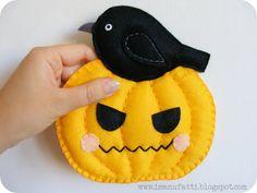 Free Felt Halloween Pumpkin and Raven Tutorial