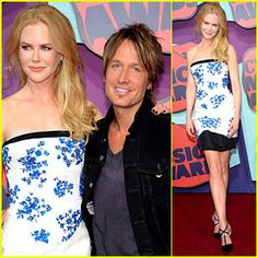 Nicole Kidman Supports Keith Urban at CMT Music Awards 2014!