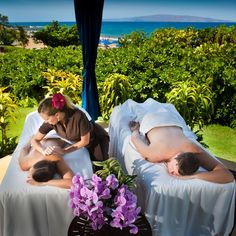 Couples massage in the Oceanside Spa Cabana