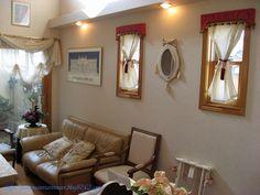 壁掛け鏡&デコレーションリボン***「Chez Mimosa シェ ミモザ」   ~Tassel&Fringe&Soft furnishingのある暮らし  ~   フランスやイタリアのタッセル・フリンジ・  ファブリック・小家具などのソフトファニッシングで  、暮らしを彩りましょう     http://passamaneriavermeer.blog80.fc2.com/