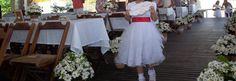 """Daminha com placa """"lá vem a noiva"""" feita por TPM"""