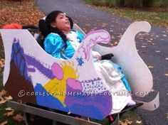 9-year-old Girl's Wheelchair Becomes a Princesse's Chariot... Coolest Halloween Costume Contest