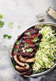 Korianteria, chiliä ja ripaus sokeria. Herkulliset korealaiset ribsit grillissä.
