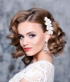 26 Short Wedding Hairstyles And Ways To Accessorize Them: short curly bridal hair with a side pearl hairpiece to make a glam and girlish accent; Loose Curls Wedding, Medium Wedding Hair, Loose Curls Short Hair, Medium Curls, Medium Hair Styles, Curly Hair Styles, Short Hair Bridal Styles, Short Formal Hair, Bridesmaid Hair Short Bob