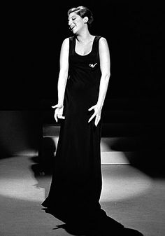 The Queen, Barbra Funny Girl Musical, The Emmys, Barbra Streisand, Vintage Glam, Iconic Women, Queen B, Classic Tv, Hello Gorgeous, Girl Humor
