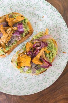 Butternusskürbis-Gnocchi - coral and mauve Food Porn, Appetizer Dips, Everyday Food, Gnocchi, Avocado Toast, Hot Dogs, Mexican, Snacks, Vegan