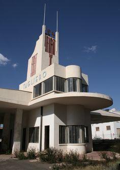 Fiat tagliero building in asmara eritrea arch giuseppe for Architecture totalitaire