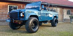 #1 1988 Land Rover Defender 110 soft top LHD Arles Blue 2.5 Td day 15 open left front