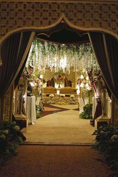 12 best event at gumaya tower hotel semarang images on pinterest traditional wedding decoration deso decoration wedding weddingparty party traditional junglespirit Images