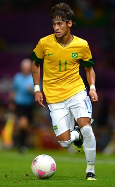 neymar Us Soccer, Good Soccer Players, Soccer Ball, Soccer Stuff, Basketball, World Football, Soccer World, Cr7 Portugal, Soccer Inspiration