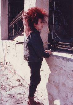 Look at that hair! *hearts* Larry from the band Ex-Voto 80s Goth, Goth Boy, Punk Goth, Punk Fashion, Gothic Fashion, Skin Head, Stay Wild Moon Child, Riot Grrrl, New Romantics
